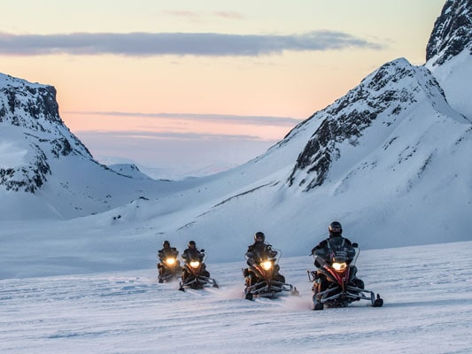 full-day-snowmobile-adventue-featured