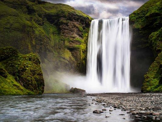 south-coast-eyjafjallajokull-tour-skogafoss