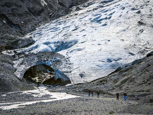 thorsmork-super-jeep-tour-glacier-walk