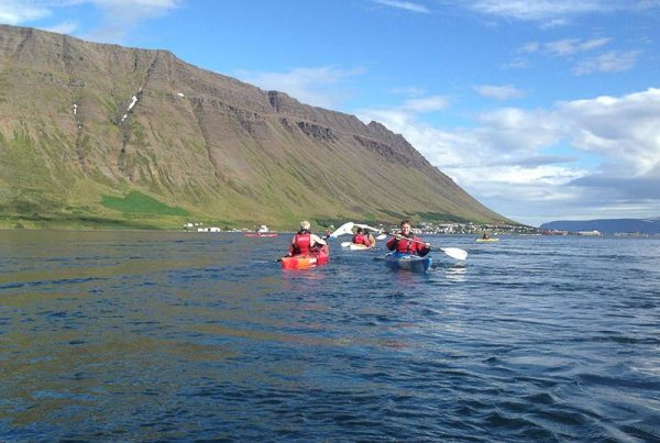 calm-water-kayaking-isafjordur-05