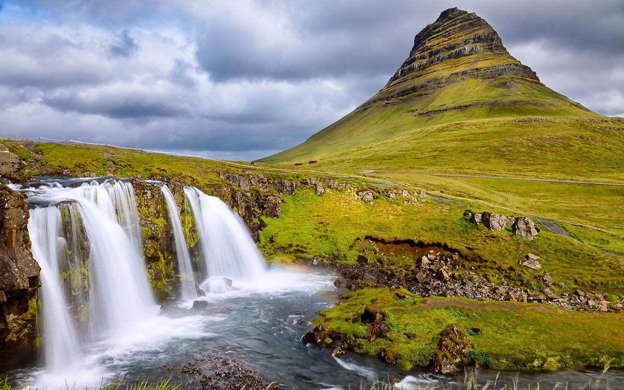 Mountain Kirkjufell and the Kirkjufellsfoss waterfall