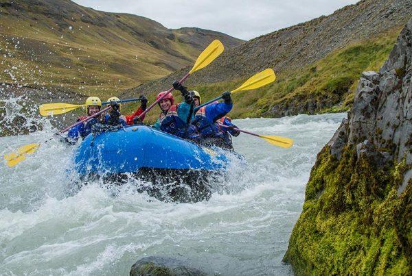 family-rafting-12