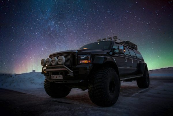 Hunting the Northern Lights by a Super Jeep