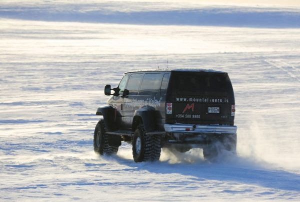 express-snowmobile-tour-from-reykjavik-04
