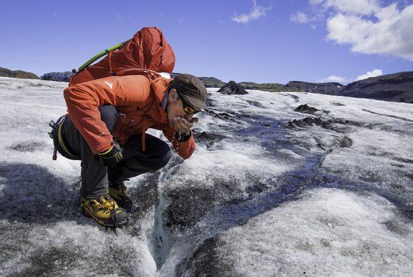 glacier-exploration-03