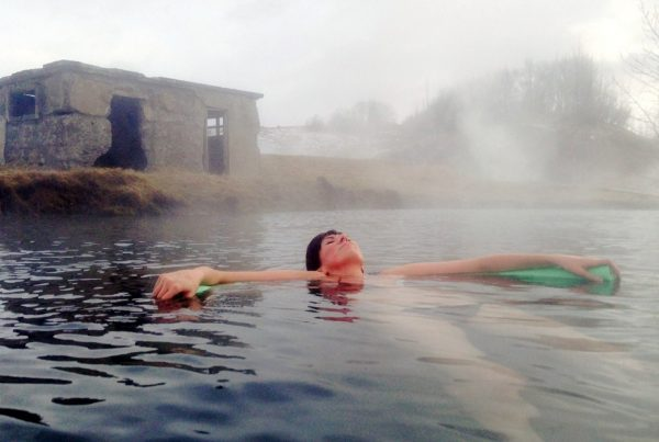 hot-springs-and-cool-glacier-03