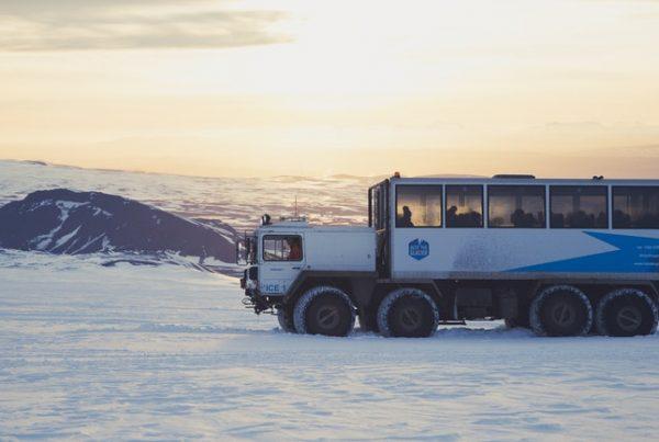 into-the-glacier-04