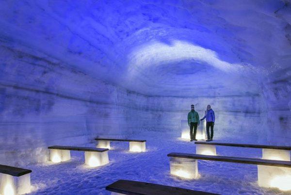 langjokull-ice-cave-experience-01