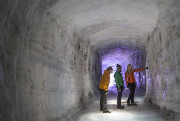 langjokull-ice-cave-experience-03