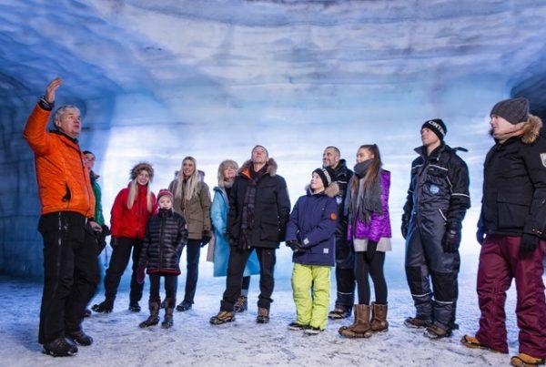 langjokull-ice-cave-experience-05