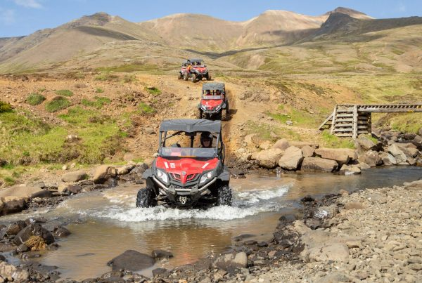 Buggy tours in Iceland: Driving through stunning landscapes