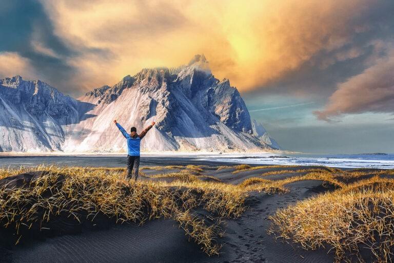 Best time to visit Iceland - Vestrahorn in Summer