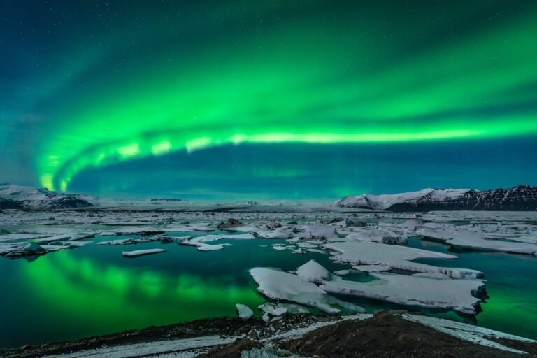 Northern Lights at Jökulsárlón glacier lagoon in Iceland