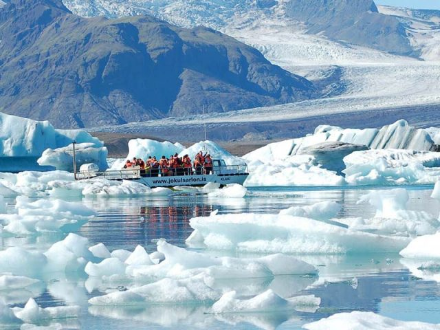 amphibian-boat-tour-jokulsarlon-02