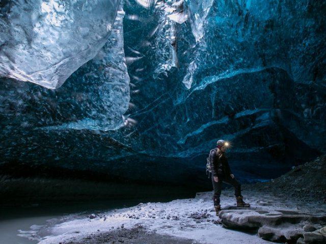 blue-ice-cave-tour-vatnajokull-02