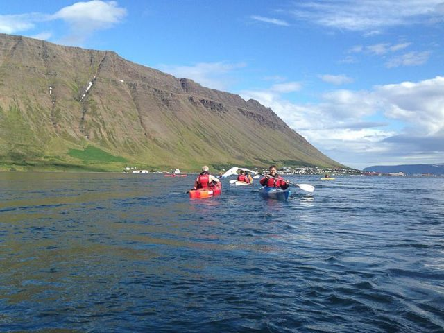 calm-water-kayaking-isafjordur-05