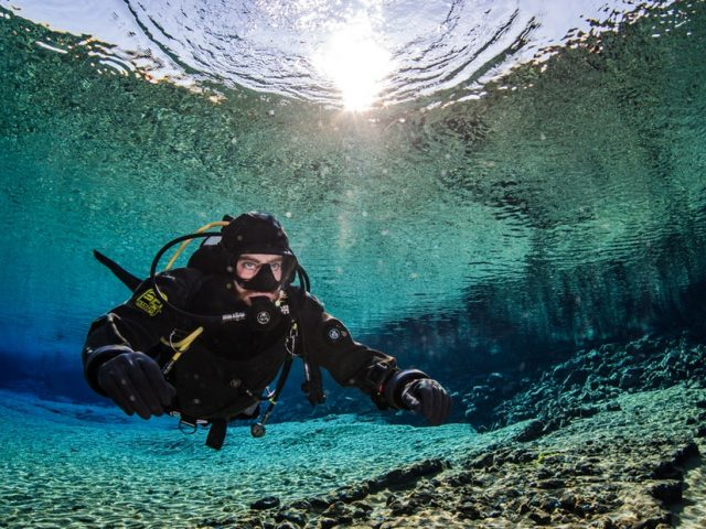 diving-silfra-02