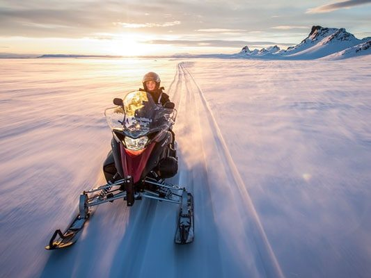 express-snowmobile-featured