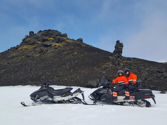 full-day-highlands-snowmobile-adventure-02