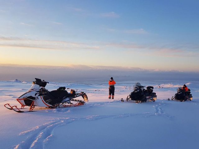 full-day-highlands-snowmobile-adventure-03
