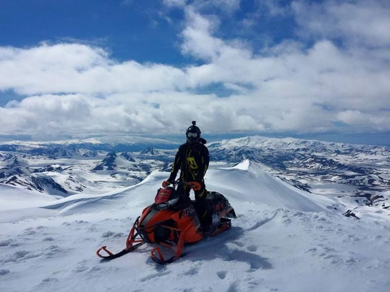 full-day-highlands-snowmobile-adventure-07
