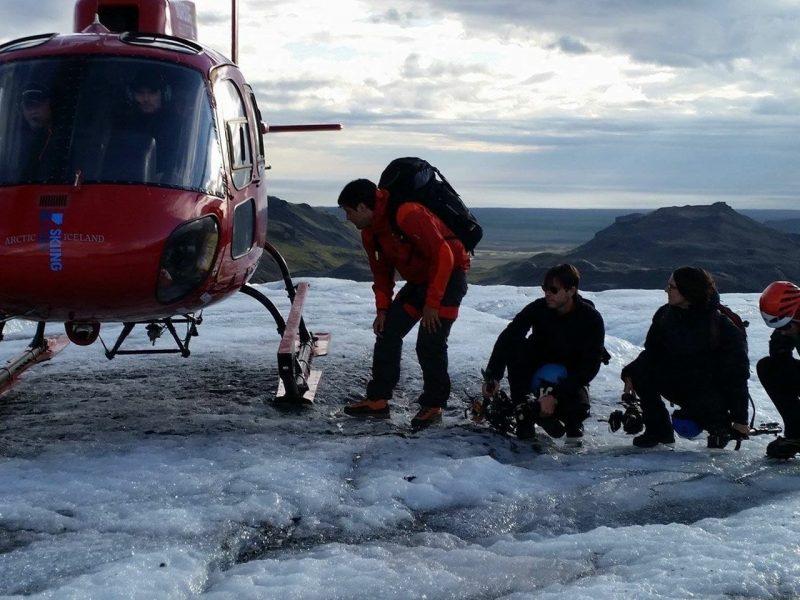 heli-glacier-hiking-04