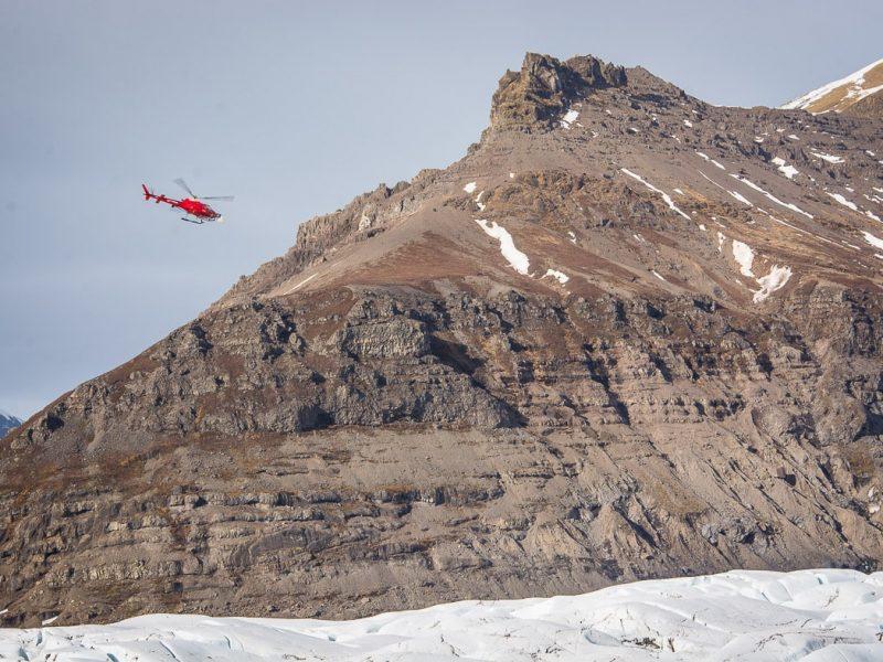 heli-glacier-hiking-07
