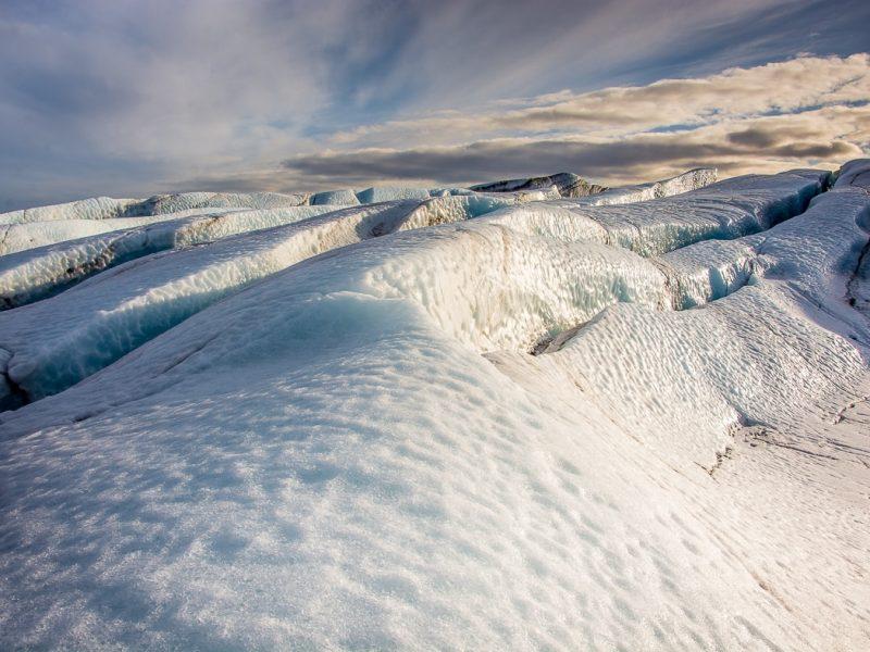 heli-glacier-hiking-08