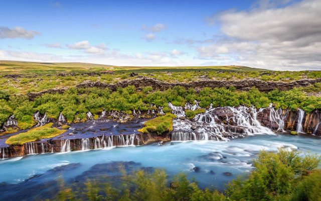 Visiting Hraunfossar waterfall - Silver Circle Super Jeep tour