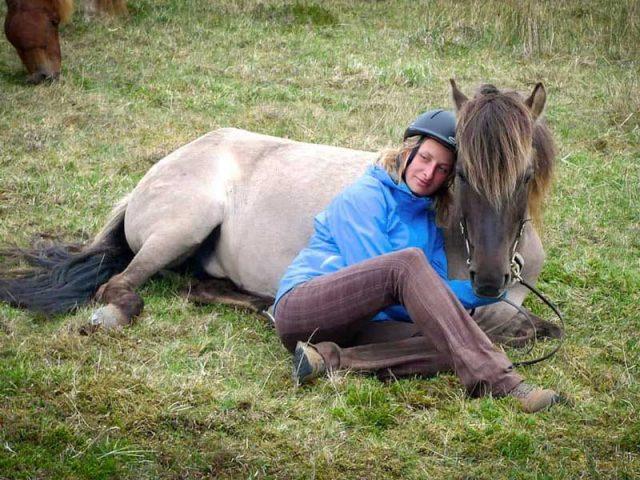 into-the-wild-horse-riding-tour-02