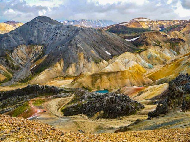 izland-latnivalok-landmannalaugar.jpg