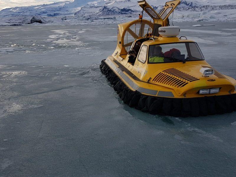 jokulsarlon-hovercraft-tour-05