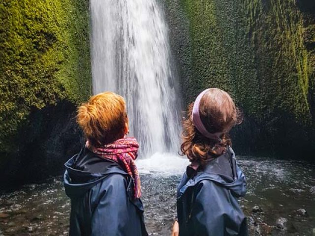 thorsmork-super-jeep-tour-nauthsagil-waterfall